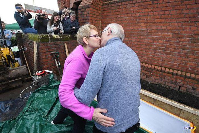 Пенсионера похоронили заживо