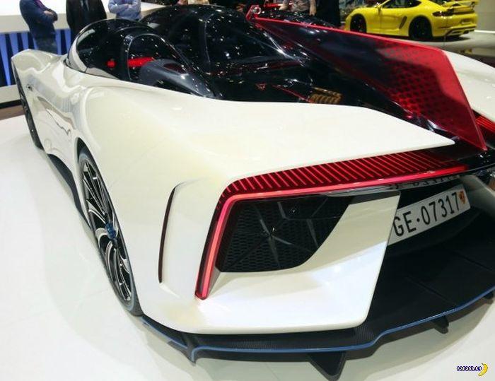 Китайский суперкар Ren