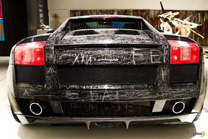 Гвоздём по Lamborghini