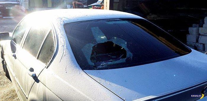 4 друга изуродовали 86 автомобилей