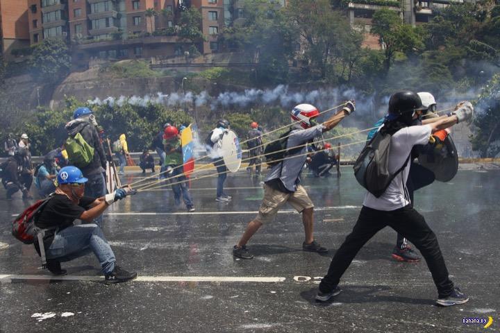 В Венесуэле почти гражданская война