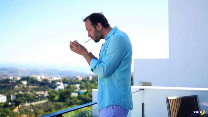 Пытаются пропихнуть запрет курения на балконах