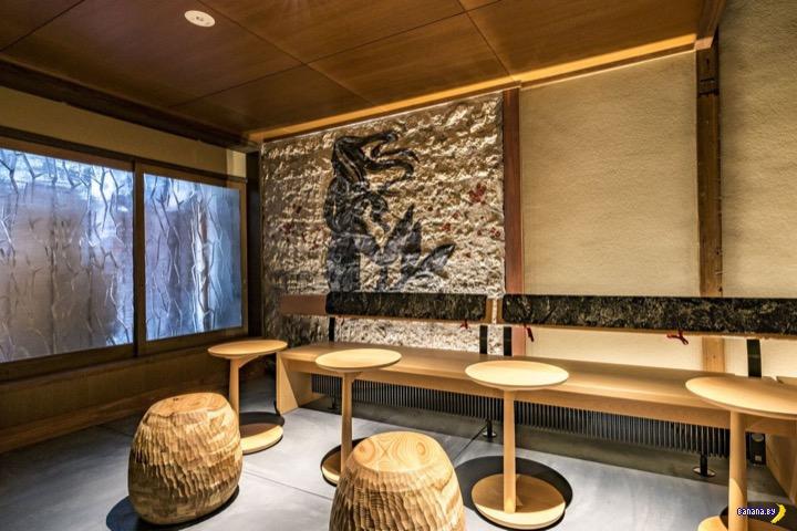 Интересная кофейня Starbucks в Японии