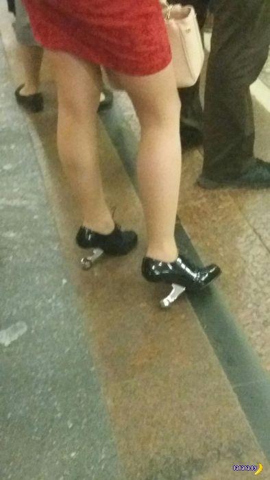 Модники в метро - 3