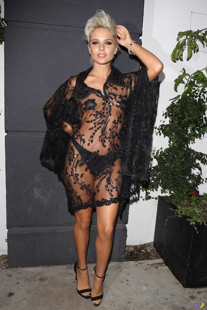 Прозрачное платье –это круто!