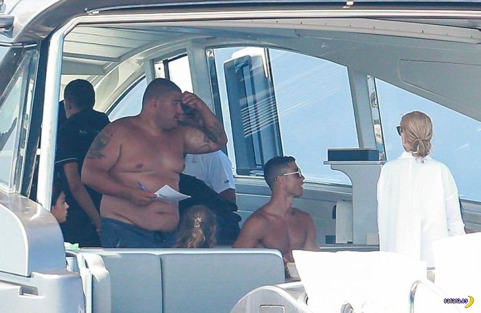 Налёт на яхту Роналду