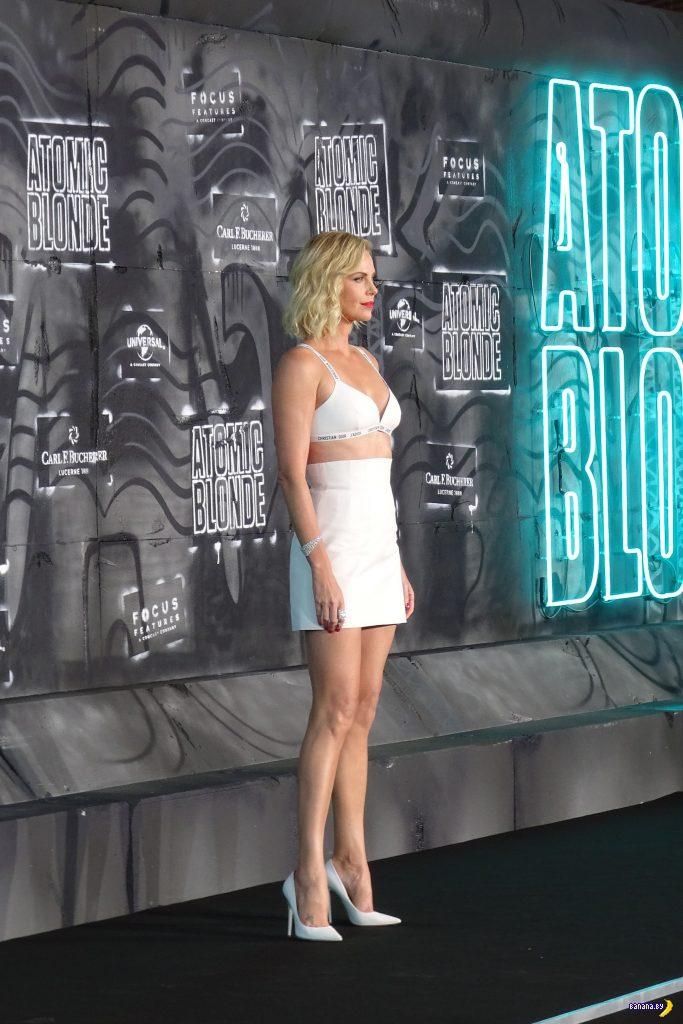 Шарлиз Терон на премьере 'Atomic Blonde'