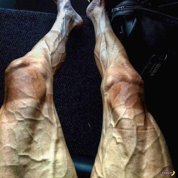Ноги велосипедиста после гонки