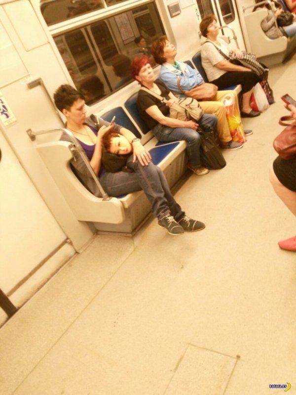 Модники в метро - 4