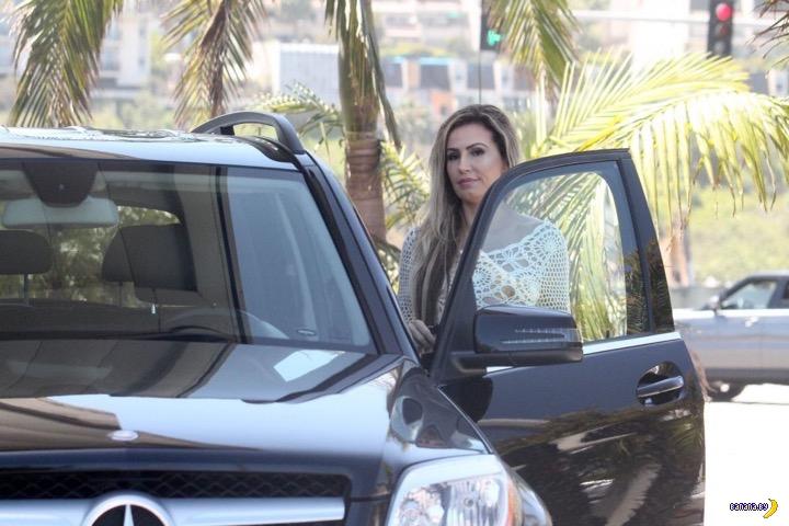 Ана Брага заправляла машину