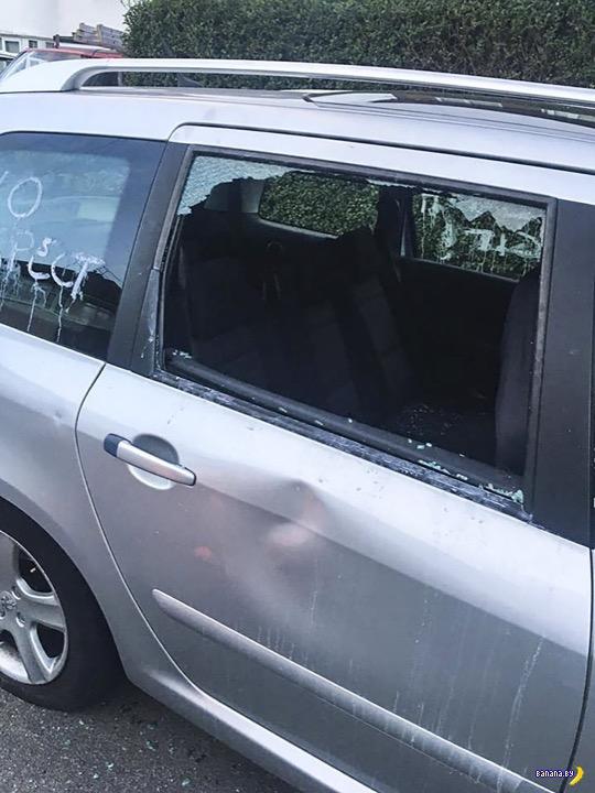 Праведный  гнев и парковка у аэропорта