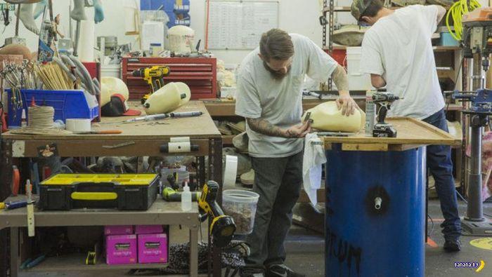 Фабрика по производству кукол для секса