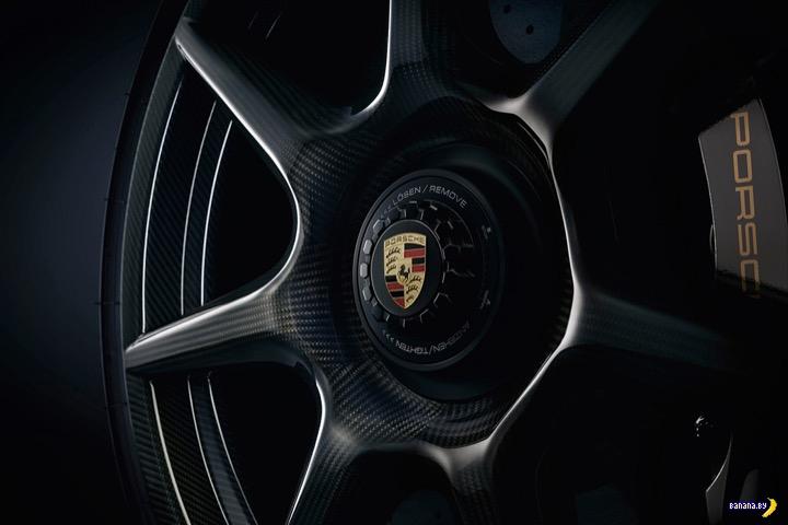 Porsche плетёт!