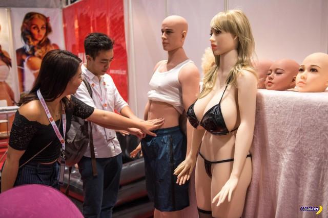 В Гонконге прошла выставка Asia Adult Expo 2017