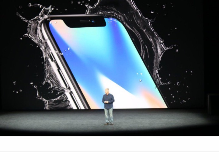 Компания Apple представила iPhone 8 и iPhone X