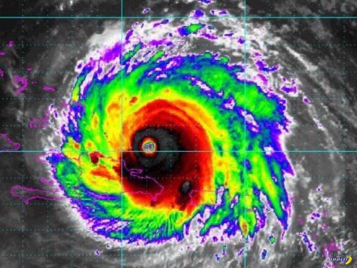 Макияж в виде урагана Ирма