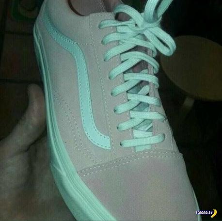 Иллюзия с цветом у кроссовка