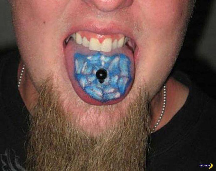 Татуировки на зависть - 93 - Забитые языки
