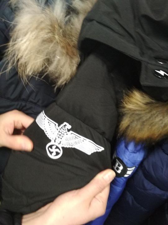 В регионах Беларуси одевают гитлерюгенд?