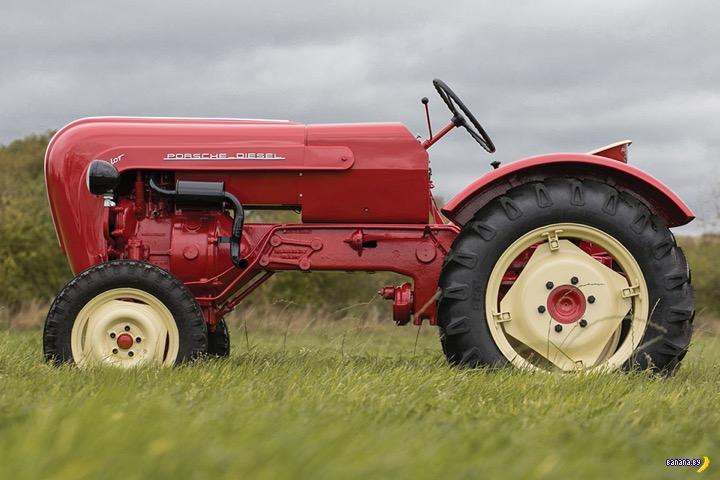 Стильный ретро-трактор