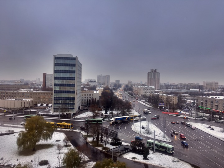 Погода: зима за окнами!