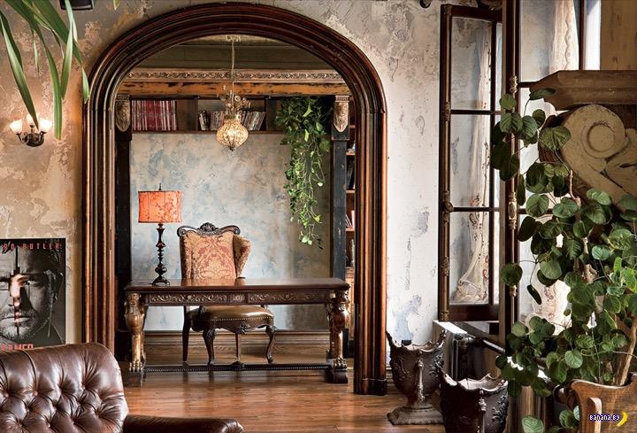 Джерард Батлер продаёт квартиру