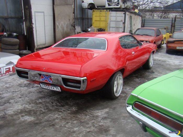 Как хлам превратили в Plymouth Satellite 1971 Suck My RED