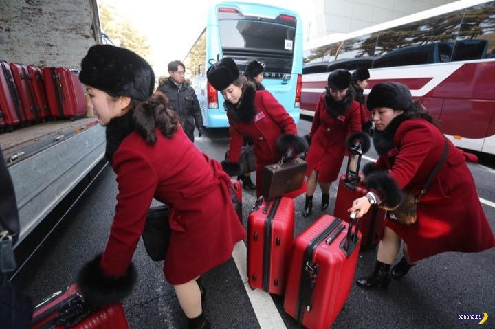 Батальон болельщиц из КНДР прибыл на Олимпиаду