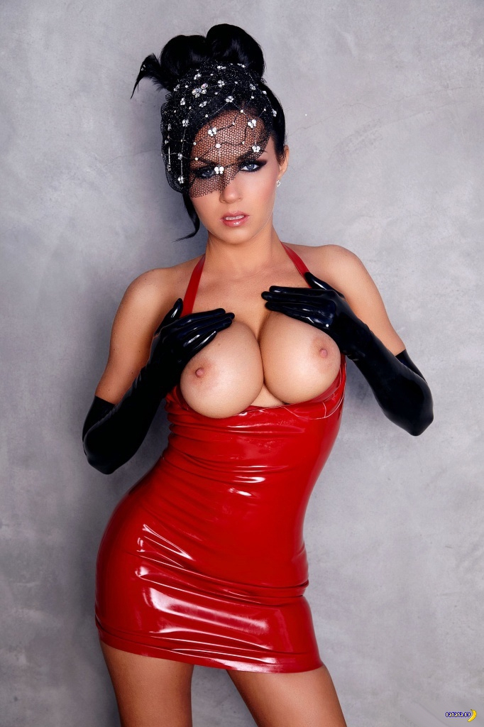 Isabella Fierra Red Latex Redtube Com 1