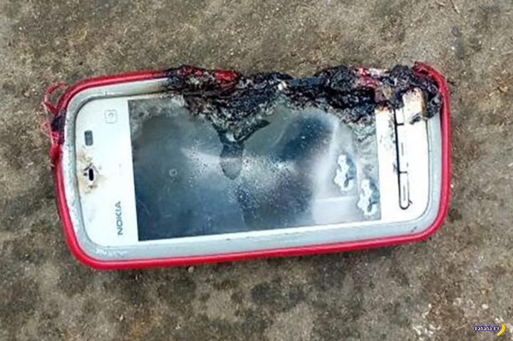 Смартфон взорвался и убил девушку