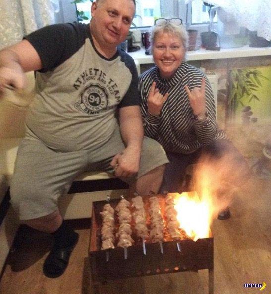 Поджарили шашлык на кухне