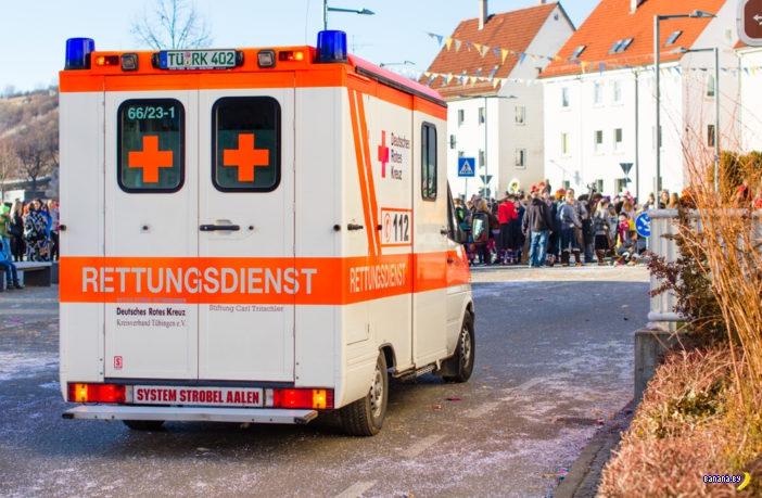 В Германии подростки напали на врачей скорой помощи
