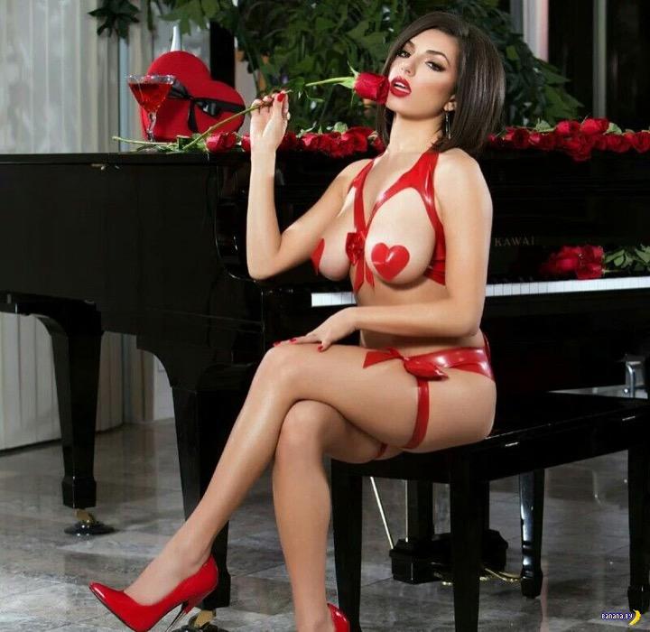 Порнозвезда Дарси Дольче и благотворительный аукцион