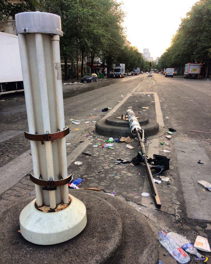 Париж после футбольного праздника