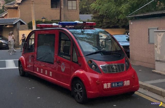 Пожарная машинка с двумя кабинами