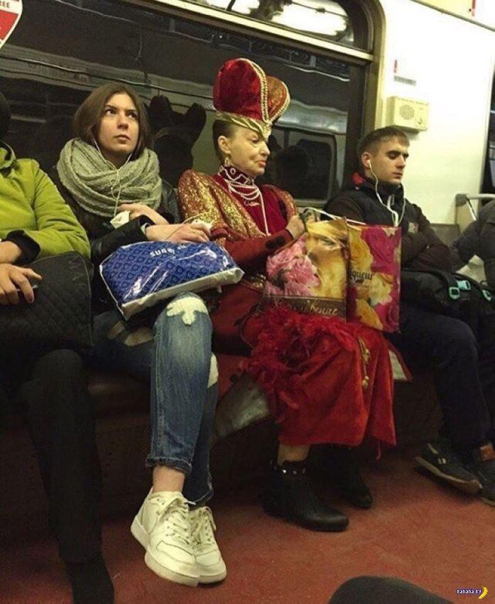 Модники в метро - 13