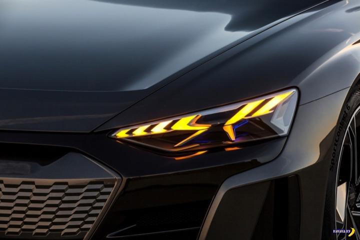 А как вам электрический Audi e-tron GT?