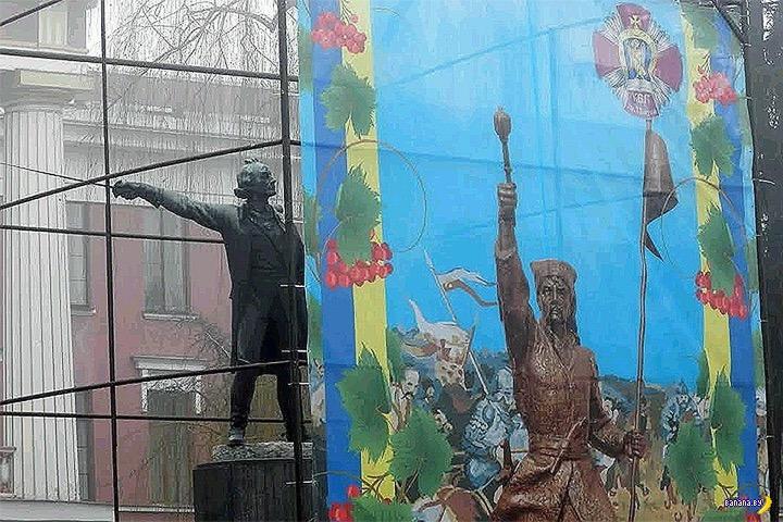 В Киеве снесут памятник Александру Суворову