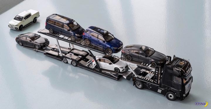 Автовоз Mercedes-Benz в масштабе 1:18