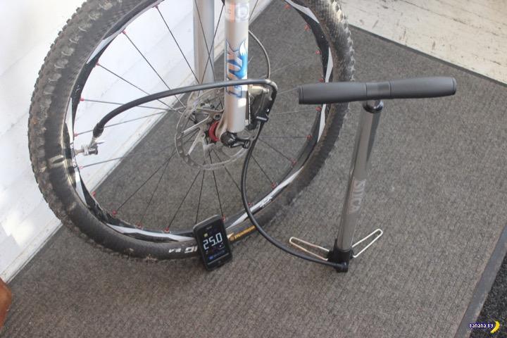 Наконец-то! Умный велонасос!
