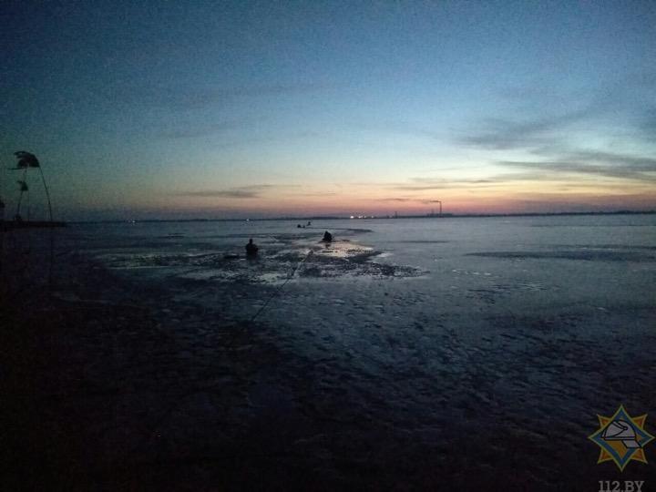 Потеплело, пачками тонут рыбаки