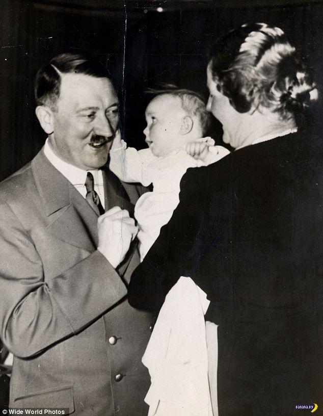 Умерла крестная дочь Адольфа Гитлера