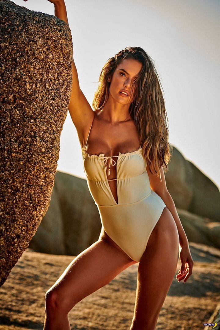 Красота и рёбра – Алессандра Амбросио