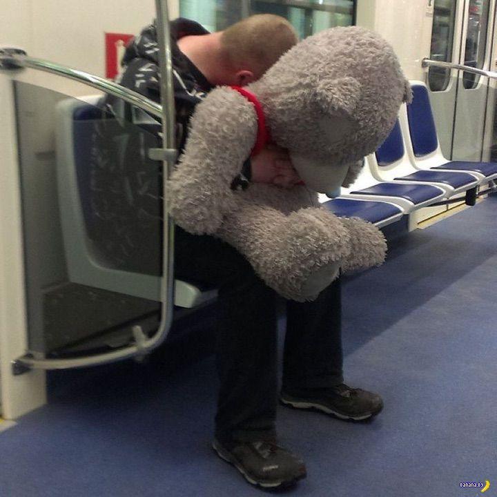 Модники в метро - 18