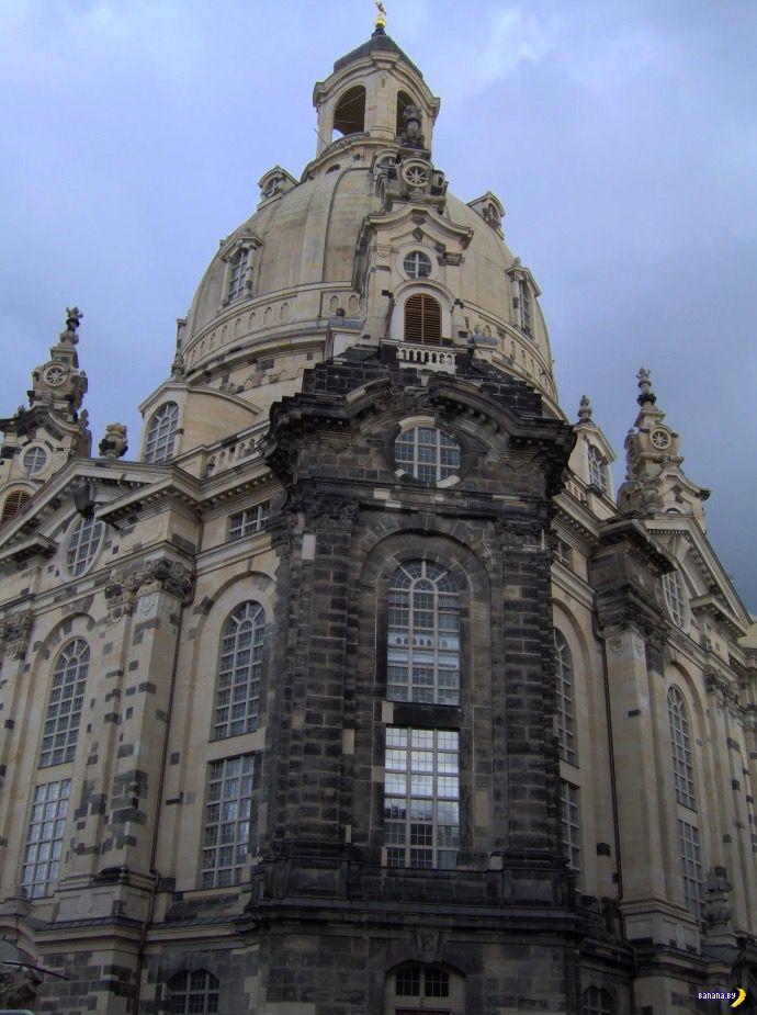 Почему немцы косо смотрят на Нотр-Дам-де-Пари?