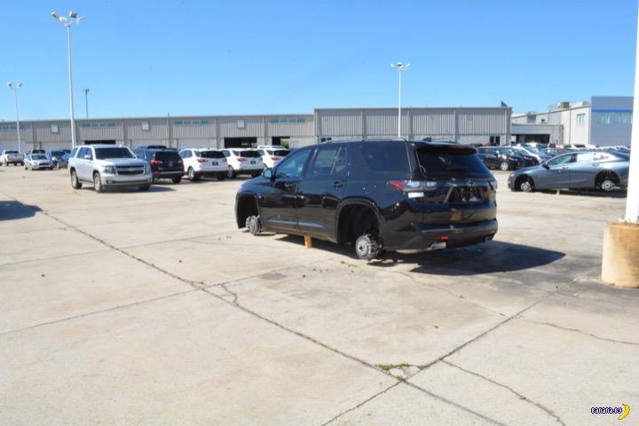 124 колеса украли за одну ночь на одной парковке!