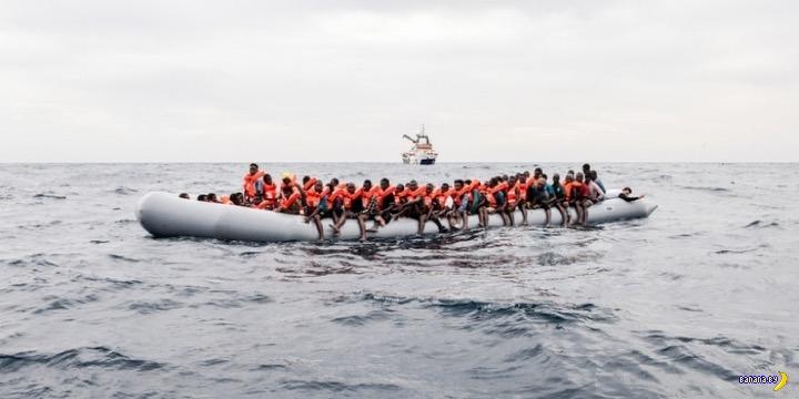 Очередная лодка с беженцами утонула у берегов Туниса