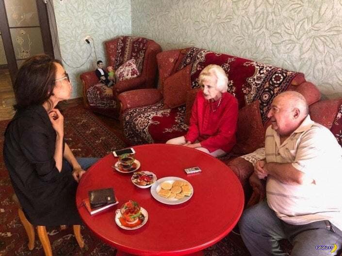Как живут родители Владимира Зеленского?