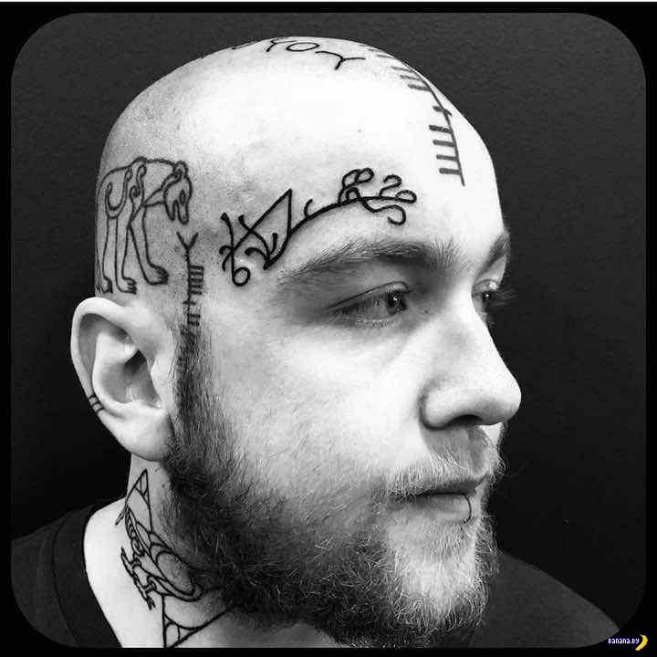 Забитые татуировками лица
