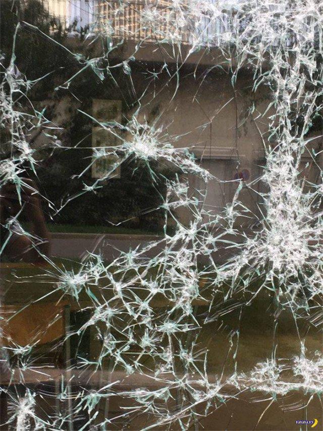 Это не просто разбитое стекло